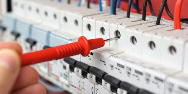 Elektrotechnik Elektroinastallation