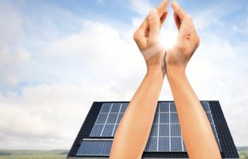 Photovoltaik_haende