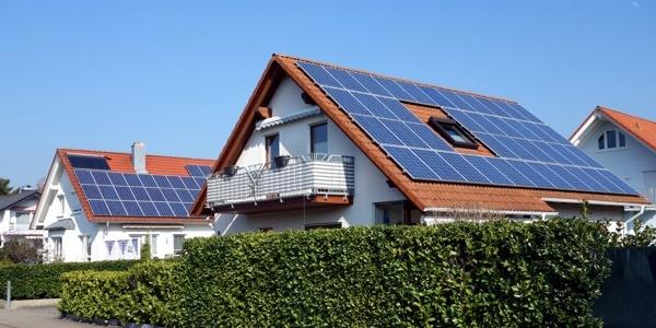 Zwei Solarhäuser Gernsbach